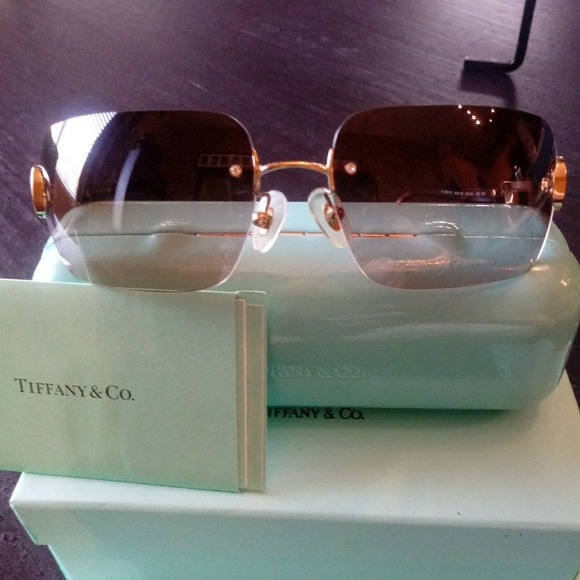367d53170b7 M 5a73b2e084b5ceedd0bcc806. Other Accessories you may like. Tiffany and co  sunglasses. Tiffany and co sunglasses